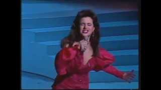 Watch Tina Arena Close To You video