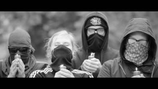 Waving the Guns - Endlich wird wieder getreten (Official Video)