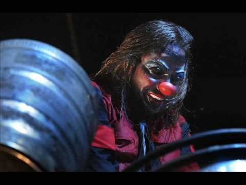 Slipknot - Shawn 'Clown' Crahan New Mask (2009)