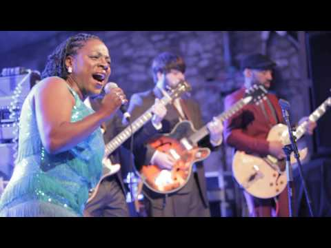 Sharon Jones and the Dap-Kings - Road of Broken Hearted Men (Live at SXSW)