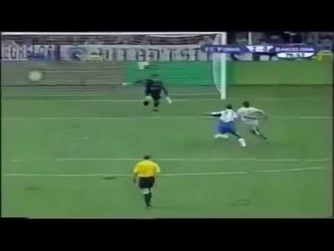 Leo Messi & Coach Luis Enrique Playing Football together   Barcelona vs Oporto 16 11 2003