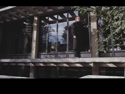 crimes of the future -- david cronenberg -- sous titres français -- partie 1 de 5