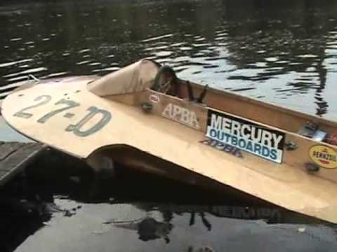 Vintage wood Hydroplane Race Boat start up - YouTube