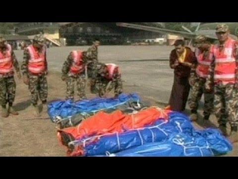 Dan por perdidos a tres sherpas sepultados en un alud