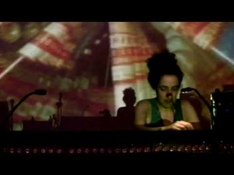 Leila - Sush (live at Sonar 2008)