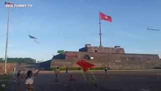 Thả Diều - Trò Chơi Thả Diều Tuổi Thơ Vui Nhộn - Fly The Kite [ BEN FUNNYTV ]