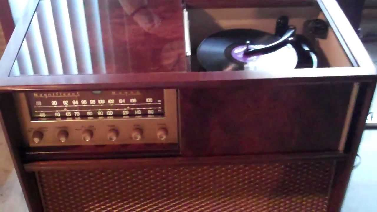 Here Is My 1957 High Fidelity Magnificent Magnavox Playing