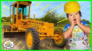 Ryan learns about Construction Vehicle Road Grader from Builder John!!!