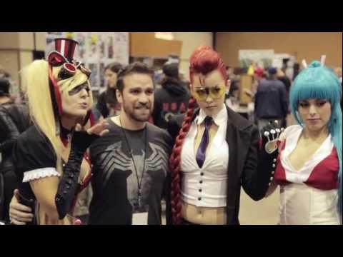 Jessica Nigri and friends at Amazing Arizona Comic Con 2013!!