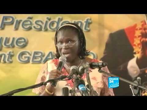 """FRANCE 24 Reportages - Pour Simone Gbagbo, """"Dieu a donné la victoire à Laurent"""""""