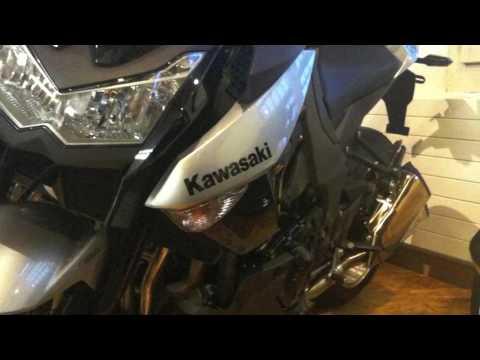 moto kawasaki 2010. New 2010 Kawasaki Z1000 (full