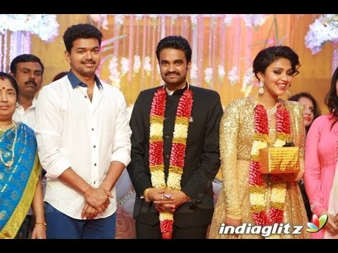 Ilayathalapathy Vijay At Director Vijay - Actress Amala Paul Wedding Reception | Marriage Video video