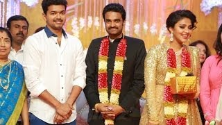 Ilayathalapathy Vijay at Director Vijay - Actress Amala Paul Wedding Reception | Marriage Video