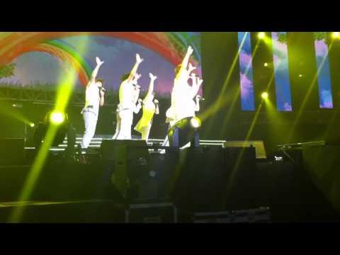 [FANCAM] U-Kiss performing 0330 at Korean Music Wave Singapore 2011