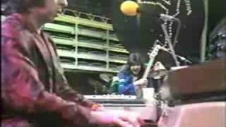 Watch Sensational Alex Harvey Band Delilah video