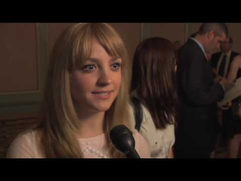 Abby Elliott - Saturday Night Live - Coming Up With The Skits