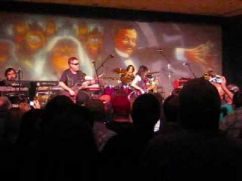 Blue Oyster Cult - Dont fear the reaper live at Bally atlantic city casino 8/29/09