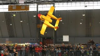 STUNNING LIGHTWEIGHT RC MODEL AIRPLANE IN GREAT FLIGHT DEMONSTRATION!!