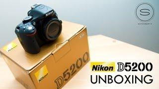 Nikon D5200 Unboxing