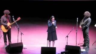 Watch Natalie Merchant Calico Pie video