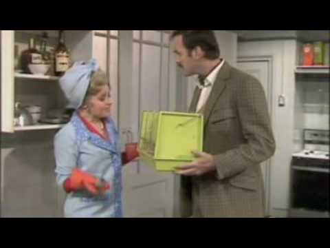 Fawlty Towers - Bleedin' Obvious