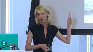 "Amy Cuddy: ""Feeling powerless is not being powerless"""