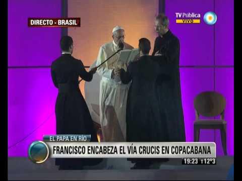 Visión 7: Francisco le habló a los jóvenes en el Vía Crucis