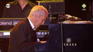 Watch Burt Bacharach Walk On By video