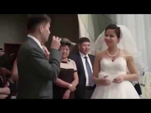 Поздравление брату на свадьбу от сестренки очень трогательное зал плакал 52