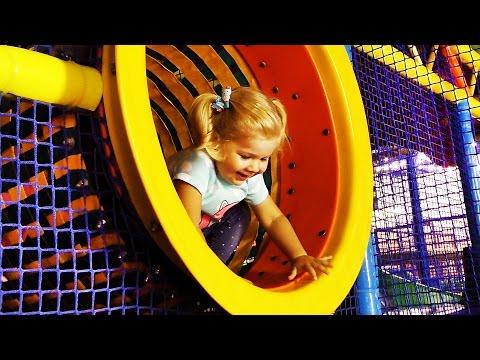 ✿ VLOG Развлекательный Центр ЕДЕМ НА КАЧЕЛИ Видео Для Детей Playground Fun video Kids Amusement Park