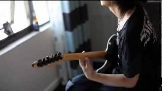 K.A.Z  PLAY  GUITAR - VAMPS
