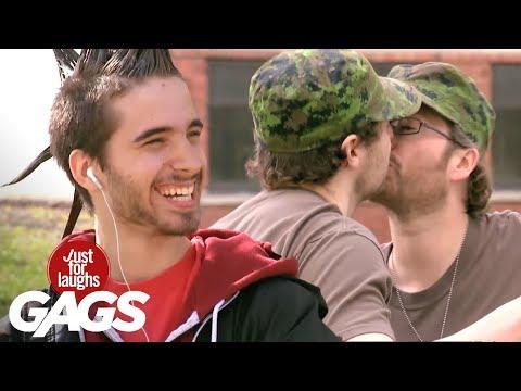 Посмотреть ролик - Gay Army Prank , гей армия видео.