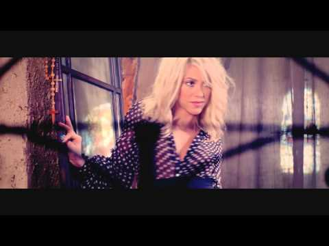 Shakira - Hot Love video
