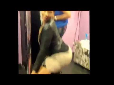 Deelishis Twerking...