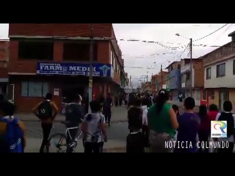 Mil muchados de dos colegios protagonizaron batalla campal en Bosa