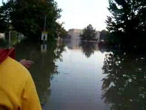 Raw video shot from the LFD Rescue Boat during the Northwest Ohio flood in August 2007.