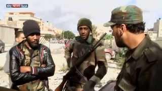الجيش يهاجم المسلحين وسط بنغازي