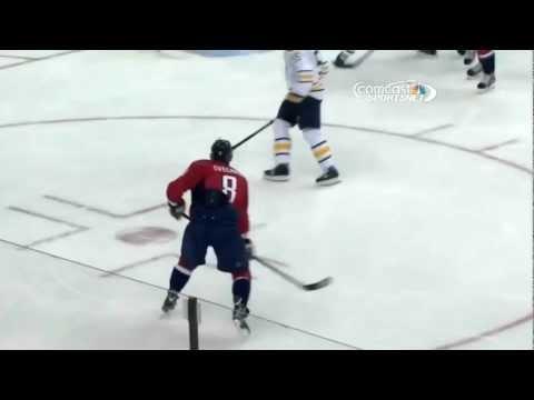 Ovechkin gets his first vs Buffalo Sabres 1/27/13 /Первый гол Овечкина НХЛ 2013