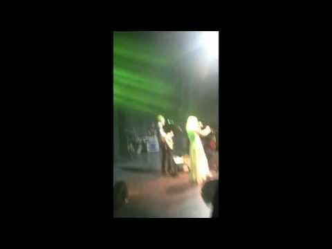 Courtney Love & Micko Larkin Live Cool Fan Footage from Sydney, Australia 2014