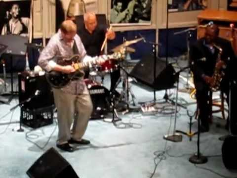 Dave Stryker Blues Solo