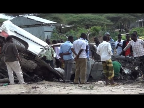 Roadside bomb kills eight on Somalia minibus