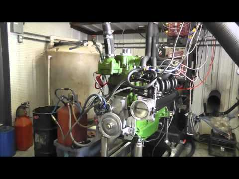Oilver Pulling Tractor Custom Fuel Injection & Header