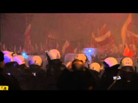Russian Embassy Attacked in Warsaw: Nationalist march on Poland's Independence Day turns violent