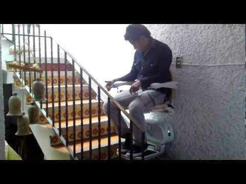 Monta escaleras ebasa movilidad for Escaleras de piscinas para personas mayores