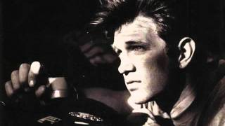 Watch Chris Isaak Kings Of The Highway video
