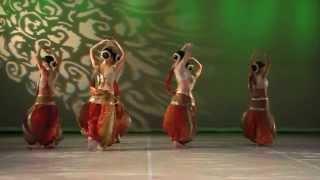 """""""Kiaroscuro"""" : Belly Dance-Indian fusion by Irina Akulenko"""