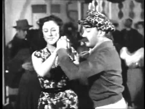 Thumbnail of video cantinflas  bailando  yolanda