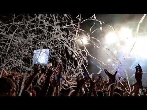 [2019.08.24] STRAND fesztivál - Halott pénz - Amikor feladnád (konfettieső)