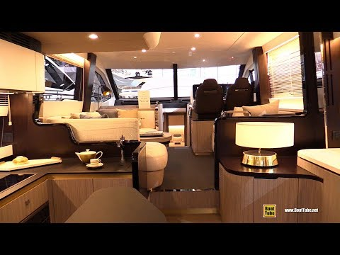 2018 Azimut 55 Yacht - Walkaround - 2018 Boot Dusseldorf Boat Show