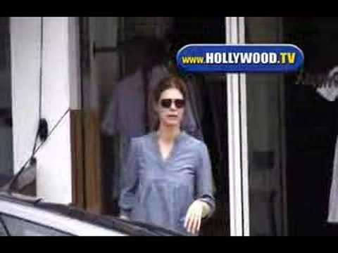 EXCLUSIVE: Jeanne Tripplehorn Steven Alan Video